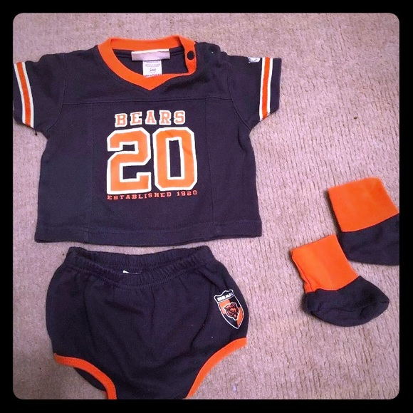 51daf787 Chicago Bears infant outfit